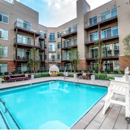 Resort Style Pool   North Bethesda Apartments   PerSei