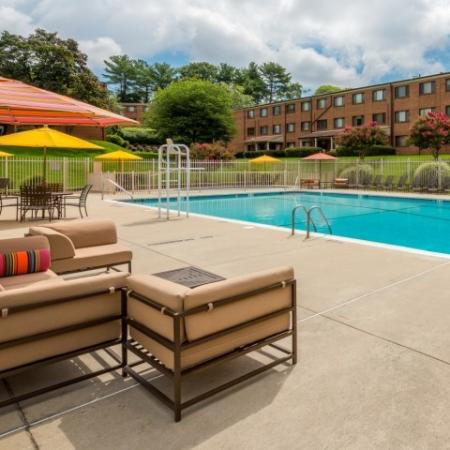 Swimming Pool   Luxury Apartments Silver Spring   Rollingwood