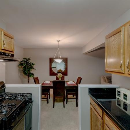 Luxurious Kitchen   Luxury Apartments Silver Spring   Rollingwood