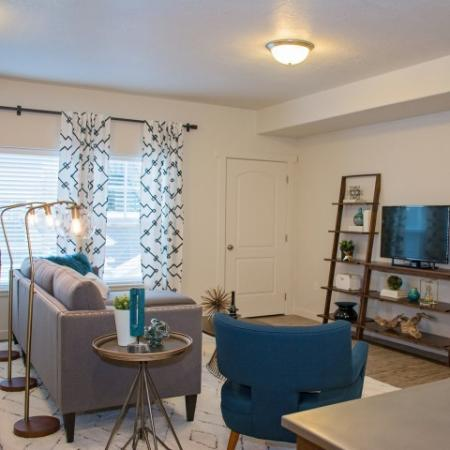 Spacious Living Room | Apartments For Rent Sandy Utah | Rockledge at Quarry Bend