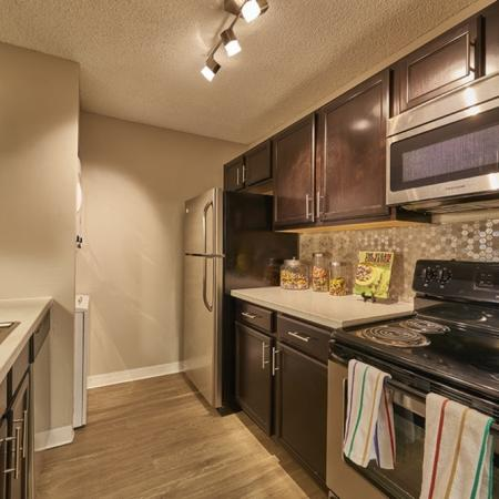 Gourmet Kitchen | Luxury Apartments in Denver Colorado | Dayton Crossing