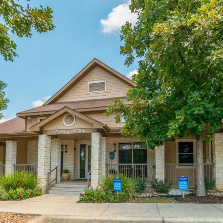 Apartments in San Antonio, TX | Laurel Canyon Apartments