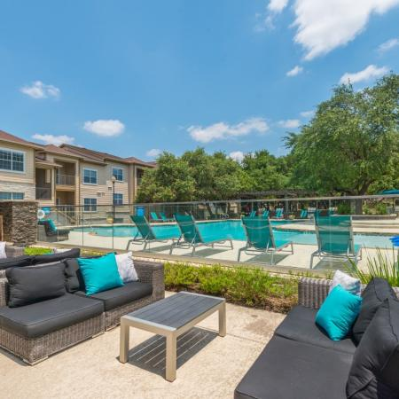 Sparkling Pool | Apartments for rent in San Antonio, TX | Laurel Canyon Apartments