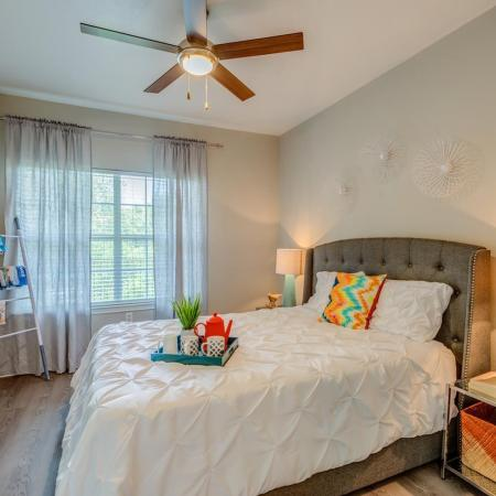 Spacious Bedroom | San Antonio TX Apartment Homes | Laurel Canyon Apartments