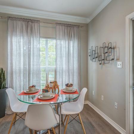 San Antonio Apartments For Rent Laurel Canyon Apartments