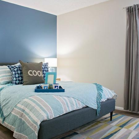 1 Bedroom Apartments | Riverbend