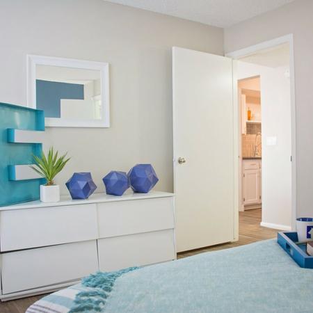 2 Bedroom Apartments | Riverbend