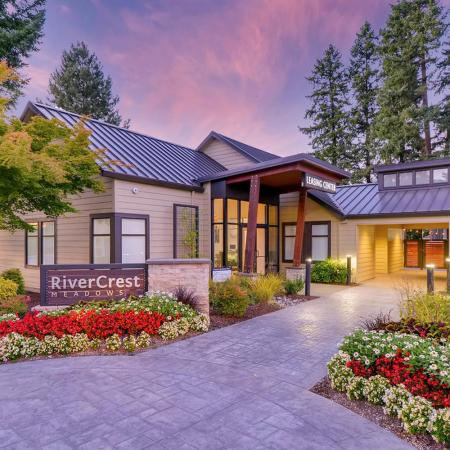 Apartment Homes in Tualatin, OR | Rivercrest Meadows Apartments
