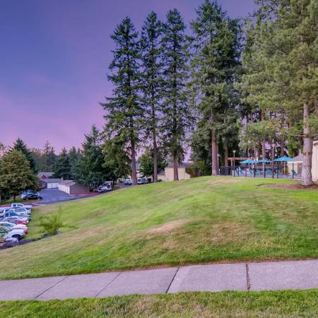 Apartments in Tualatin, OR | Rivercrest Meadows Apartments