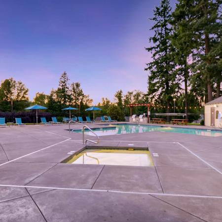 Resident Hot Tub | Apartments in Tualatin, OR | Rivercrest Meadows Apartments
