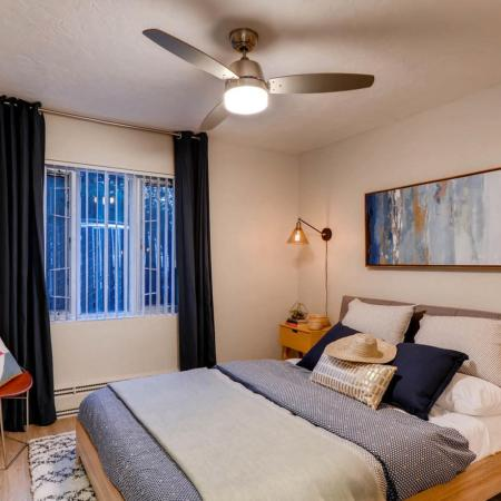 Luxurious Bedroom   Apartments in Portland   Park Plaza