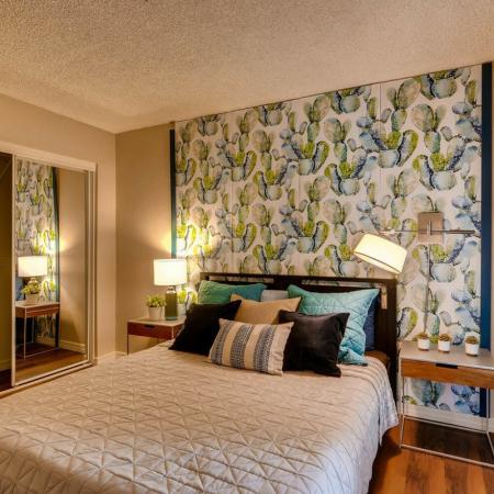2 Bedroom Apartments | Scottsdale Gateway II