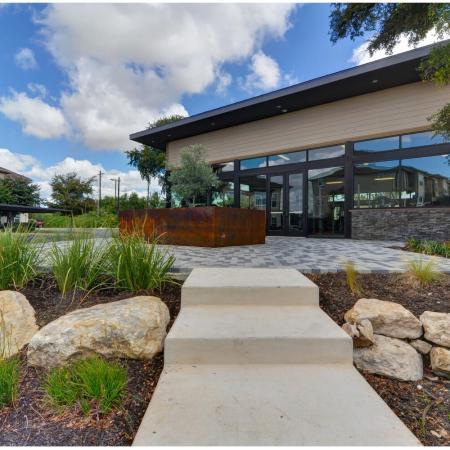 San Antonio TX Apartments For Rent | Laurel Canyon Apartments
