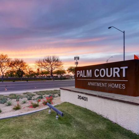 Apartments in Phoenix, AZ | Palm Court Apartments