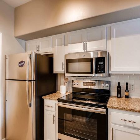 Modern Kitchen | Ahwatukee Apartments | Verano Townhomes