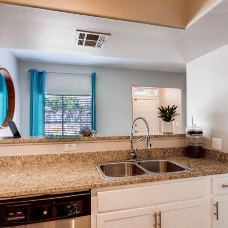State-of-the-Art Kitchen | Apartments For Rent In Ahwatukee AZ | Verano Townhomes