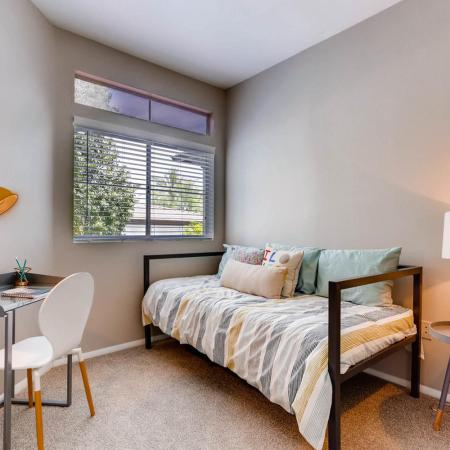 Spacious Bedroom | Apartments For Rent In Ahwatukee AZ | Verano Townhomes