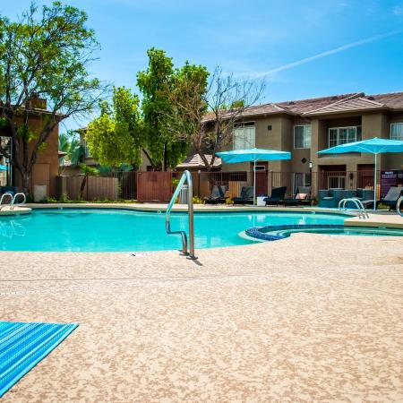 Swimming Pool | Apartments For Rent In Ahwatukee | Verano Townhomes