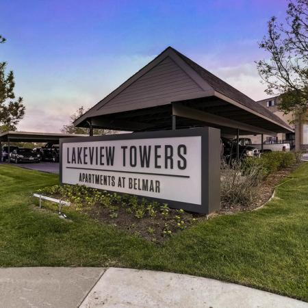 Lakewood Luxury Apartments | Lakeview Towers At Belmar
