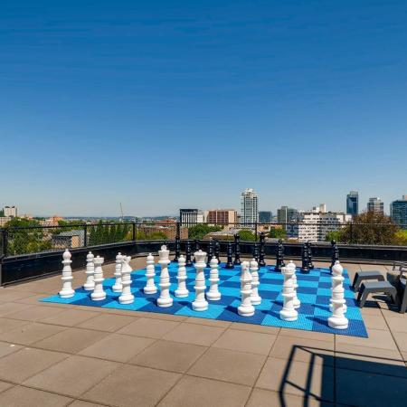 Rooftop Games | Portland OR Apartments For Rent | Park Plaza