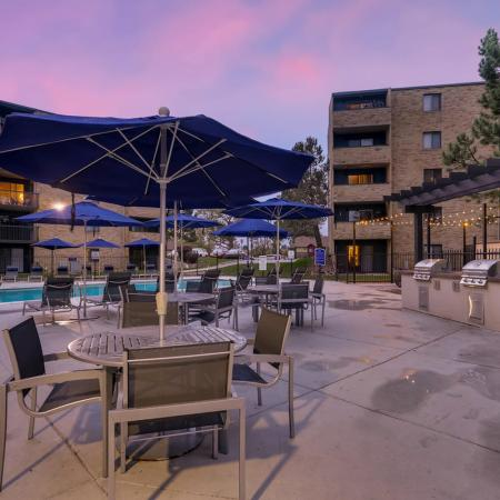 Resident BBQ | Lakewood Luxury Apartments | Lakeview Towers At Belmar