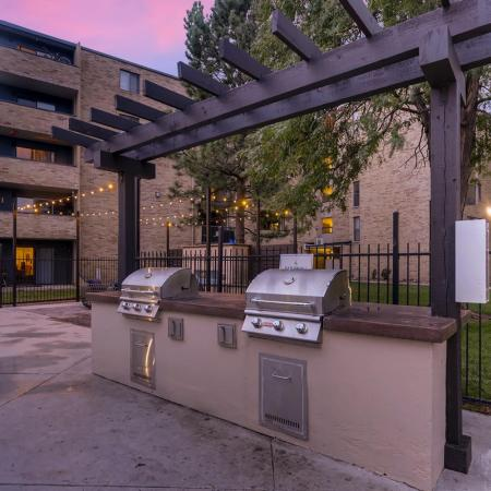 Community BBQ Grills | Apartment In Lakewood | Lakeview Towers At Belmar