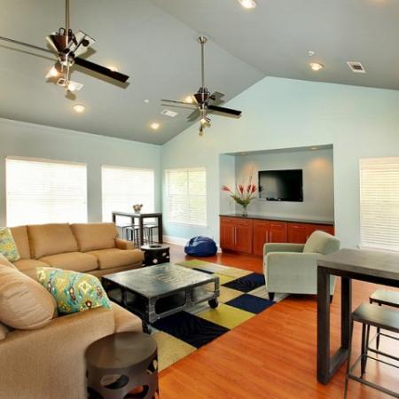Elegant Living Room | Kennesaw Apartment | Greenhouse Apartments