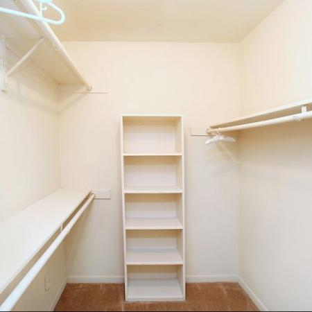 Spacious Closet | Apartments In Kennesaw GA | Greenhouse Apartments