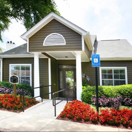 Apartments Near Kennesaw State | Greenhouse Apartments