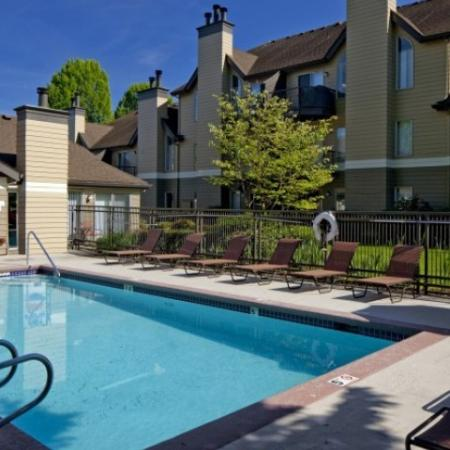 Sparkling Pool | Apartment Vancouver WA | Golfside Village