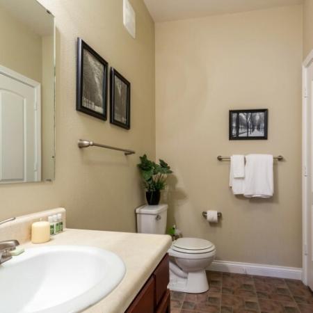 Bathroom at Autumn Breeze