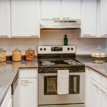 Elegant Kitchen | Arvada Apartments | The Ridge at Mountain View