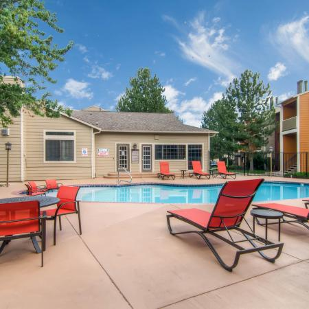 Sparkling Pool | Littleton Apartments | Terra Vista at the Park 1