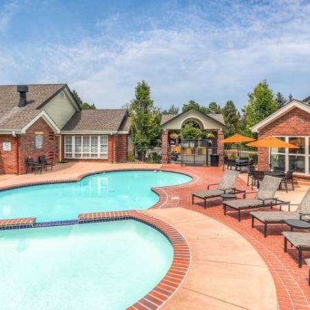 Sparkling Pool | Apartments Northglenn Colorado | Keystone Apartments 2