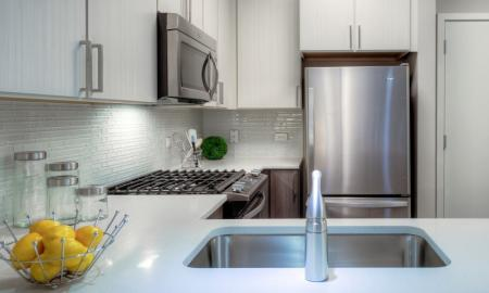 Modern Spacious Kitchen | Lombard Apartments | Apex 41