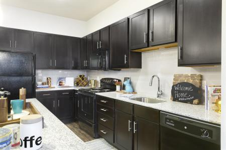 Modern Kitchen | Apartment In Temple TX | Villas on the Hill
