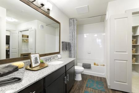 Spacious Master Bathroom | Apartments In Temple Texas | Villas on the Hill