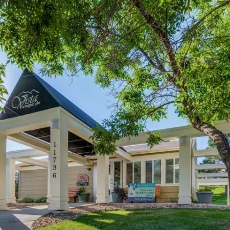 Apartment For Rent Morrison Colorado | Vista at Trappers Glen