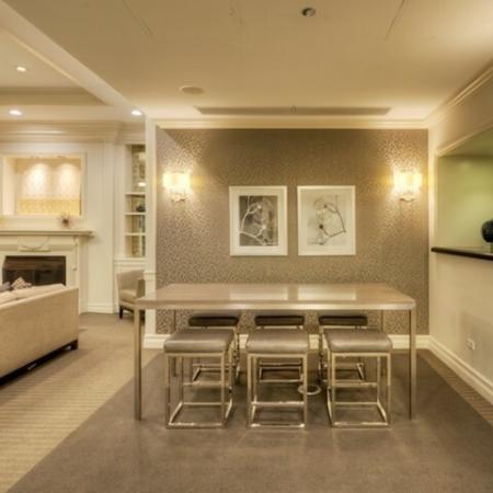 Spacious Community Club House | Chicago Apartments Lincoln Park | The Seneca 3