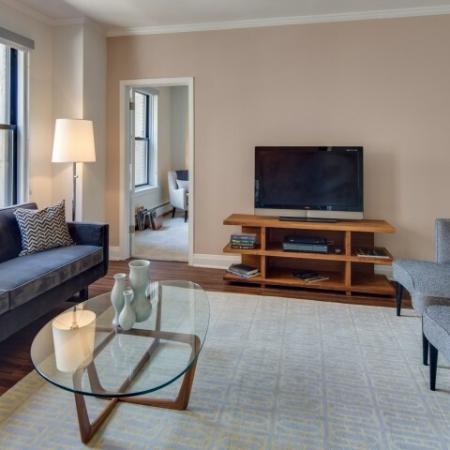 Luxurious Living Area | Lincoln Park Chicago Apartments | The Seneca
