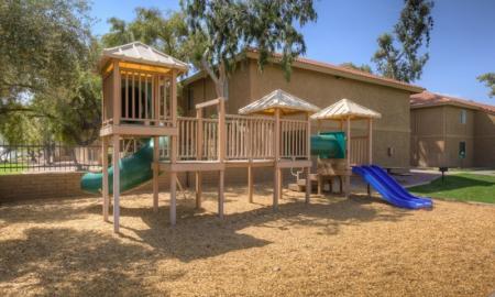 Community Children's Playground | Tempe Luxury Apartments | 505 West