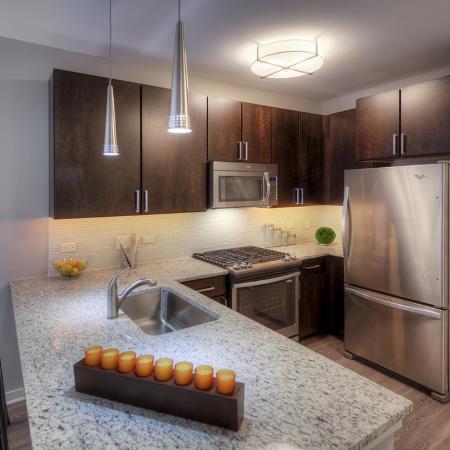 Granite Kitchen Counters | Lombard Illinois Apartments | Apex 41
