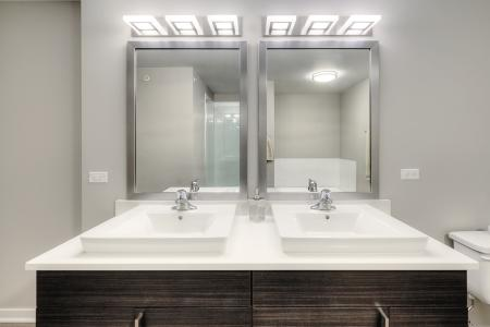 Ornate Bathroom | Apartments in Lombard | Apex 41