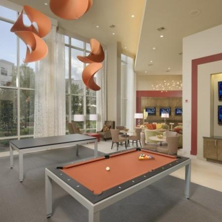 Nassau Bay Apartments | Voyager at Space Center 1