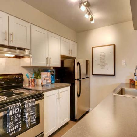 Elegant Kitchen | Apartments in Westminster, CO | Park Place at 92nd Apartments