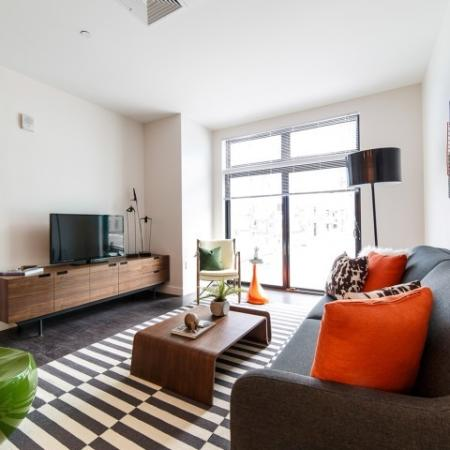 Luxurious Living Room | Somerville Apartments | Montaje