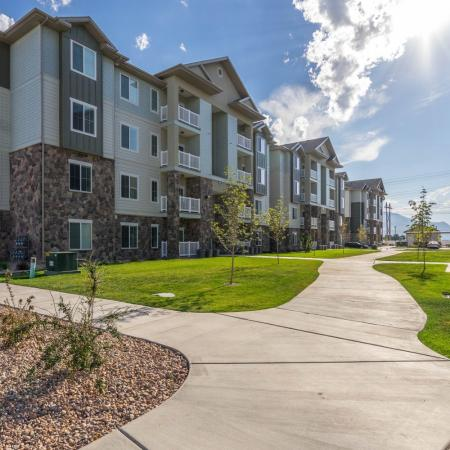 Apartment Homes in West Valley City, UT | Sandalwood Apartments