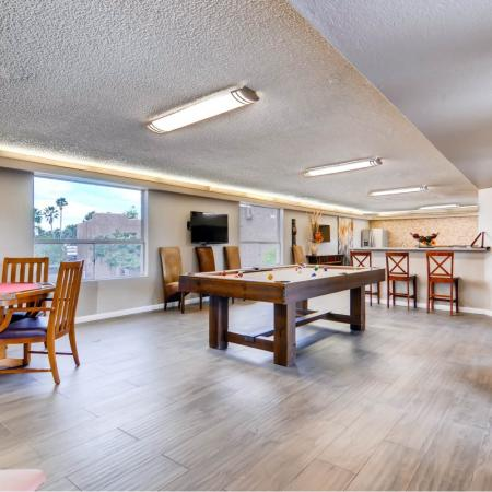 Resident Pool Table | Apartment in Scottsdale, AZ | The Glen at Old Town Apartments