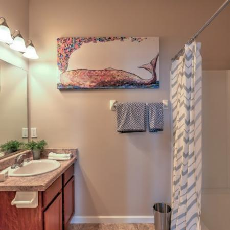 Elegant Master Bathroom | Apartments Columbus Ohio | The Attleigh