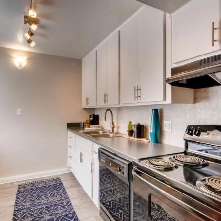 State-of-the-Art Kitchen | Scottsdale AZ Apartment Homes | The Glen at Old Town Apartments